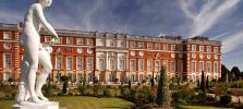 Hampton-Court-Palace-histroric-Royal.jpg
